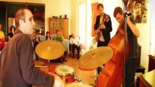An intimate afternoon with Carl Dewhurst - Live @ The Lounge Room XDCAM  edit .mp4