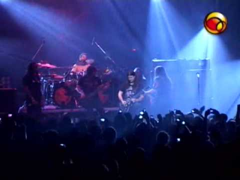 Sepultura e Angra tocando Led Zepellin