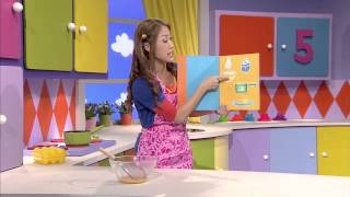 Dayen prepares Breakfast for Hi-5 gang.