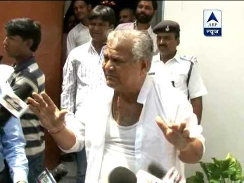 MLA rips off shirt, Jharkhand assembly adjourned 