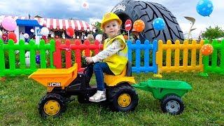 Детская площадка Лего с игрушками и машинками для детей