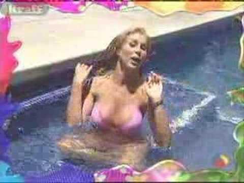 Una Noche Mas Videos Sexys streptease bikini baño