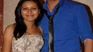 Balika Vadhu Pratyusha Banerjee Is In LOVE In REAL Life