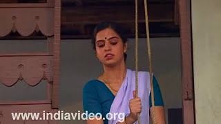 Woman, mundu, thorth, blouse, traditional, costume, Malayalee, Kerala, India