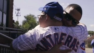 Heartwarming moments between MLB players and kids