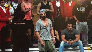 SRK And Salman Khan Rehearse Together For TOIFA Awards 2016 | Mango News