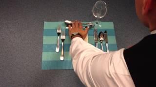 Tisch richtig eindecken / Tisch eindecken lernen