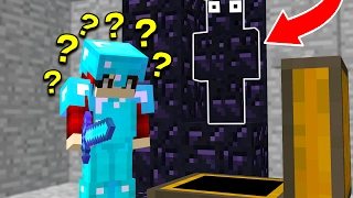 HOW DID HE NOT SEE ME... (MINECRAFT TROLLING)