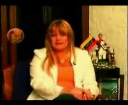 La Hojilla Regalo de Navidad a Hugo Chavez de Maria Isabel