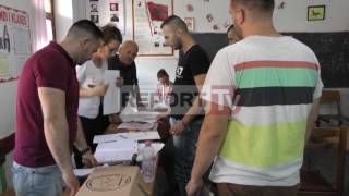 Report TV - Kruje - Elbasan, blinin vota , arrestohen nga policia