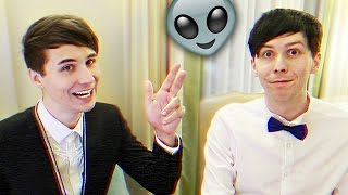 Going Deep with Dan and Phil - ALIENS