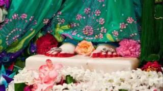 ♥ Mujhe charno se laga ley ,Mere Shyam Murli wale