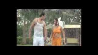 Hot Bhojpuri indan masala navel saree erotic seducing wet saree song