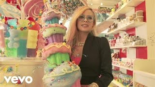 Avril Lavigne - Behind the Scenes of Hello Kitty - Part 1