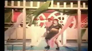 Oh Moyouri - Chai Komotha - Bangla Film Song