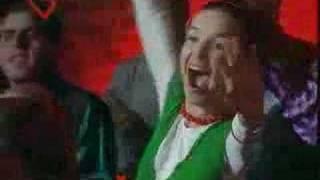 Sos Mi Vida capitulo 108, la turca canta y baila