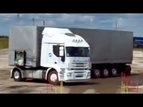THE BEST PARKING SKILLS by a Volvo Truck Driver
