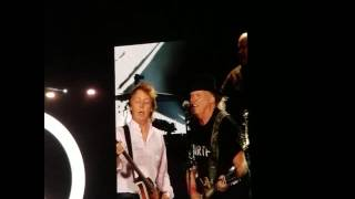 Paul McCartney and Neil Young singing at Coachella