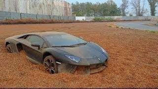 شاهد لماذا هناك سيارات فاخرة مهجورة في شوارع دبي !!