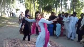 Pashto New Mast Road Dance 2017 |