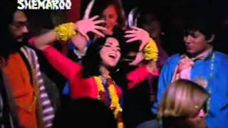 Hare Rama Hare Krishna:Dum maro dum 1971