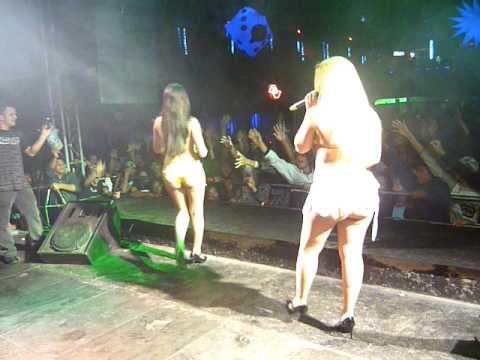 AS TEQUILEIRAS DO FUNK TIRA A CALCINHA NA NITRO NIGHT FESTA DO MANÉ 03 07 10
