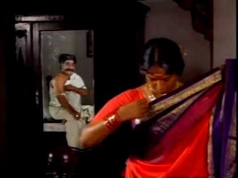 KR Vijaya exposed in saree