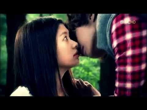 Playful Kiss [Mischievous Kiss]   - Camera Shy