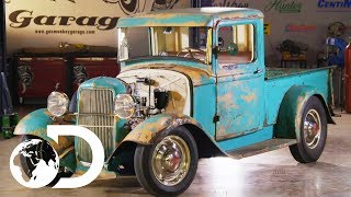 Exposed V8 Engine Gives Ford Truck A New Lease Of Life | Fast n' Loud