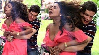 VIDEO : Priyanka Chopra's  के साथ New York  में केया हुआ ? VIRAL  - HUNGAMA