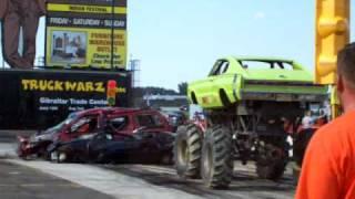Red Barn Customs, Gang Green Charger, Car Crushing
