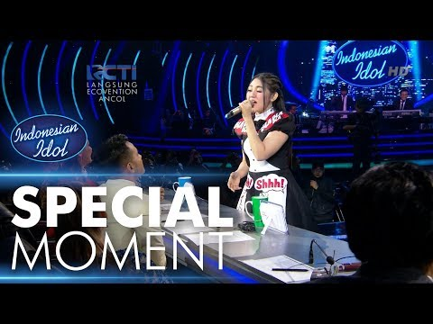 Via Vallen dapat Golden Ticket dari Bunda Maia! - RESULT & REUNION - Indonesian Idol 2018