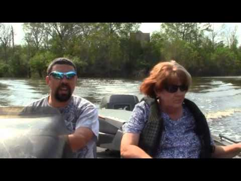 Mama Don't Like To Wear Her Bra, Shoes, And TEETH! Fishing Trip