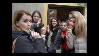 Exchange Australian-Italian girls!