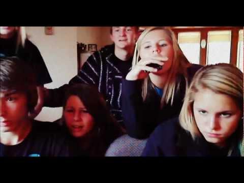 REACTIONS! (2 GIRLS 1 CUP, 2 GUYS 1 HORSE, 2 KIDS IN A SANDBOX)
