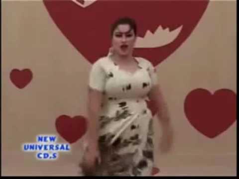 PAKISTANI AUNTY PRIVATE MUJRA DANCE   HOT MUJRA DANCE