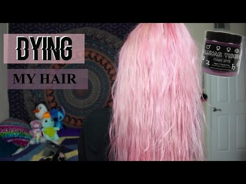 DYING MY HAIR PINK | Hope Marie