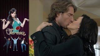 ¡El primer beso entre Teresa y Arturo! | Teresa - Televisa