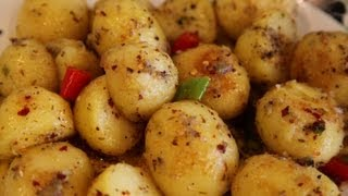 """"""" HOT & SPICY BABY POTATOES """" Bajias Cooking"""