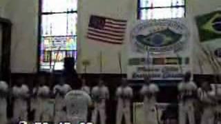 Mestre Ray - Oficina da Capoeira - Aula de Berimbaus