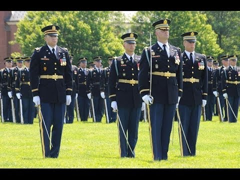 watch Old Guard Pass In Review at Fort Myer VA 1999