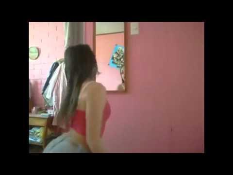 Linda Chilena perreando y Bailando Reggaeton