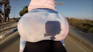 SEXY ASS RIDING A BIKE CULITO EN MOTO