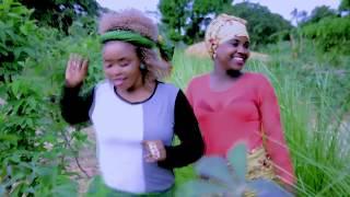 Nilza Mery Akinwerya Olaphela Oficial Video HD mp4