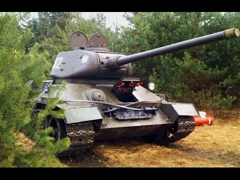 The AMAZING SOUND of T 34 85 TANK