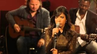 Indila - Tourner dans le vide (Live - Paris)