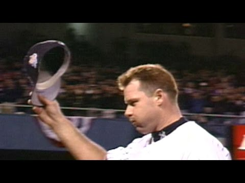 1999WS Gm4: Clemens leads Yankees to Series clinch