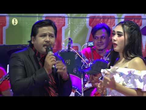 DINGDING KACA_BAYU ARIZONA & RIAN FERDIANA_NEW LAVITA_LIVE SHOW TAMAN SIKEN SAMPANG