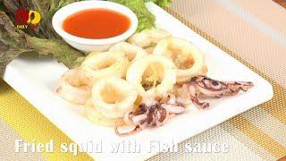 Fried Squid with Fish Sauce | Thai Food | Plamuek Tod Nam Pla | ปลาหมึกทอดน้ำปลา