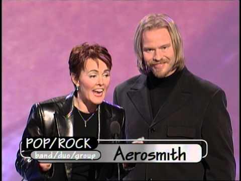 Aerosmith wins Favorite Pop/Rock Band/Duo/Group Award -  AMAs 1999